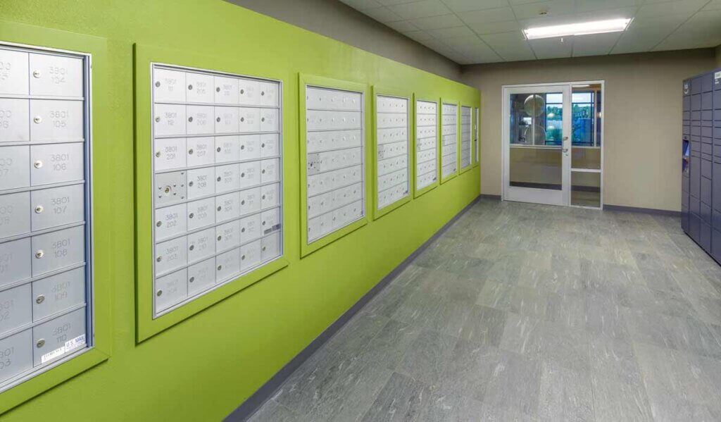 I STREET Modern Apartments - Bentonville Arkansas - Post Office and Amazon Package Lockers